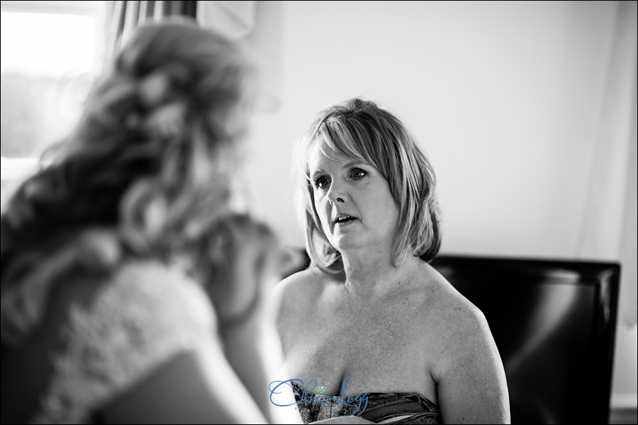 Wedding Photographt at Friern Manor Country Hotel 019