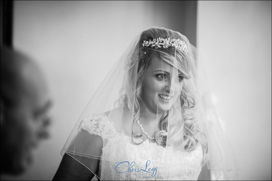 Wedding Photographt at Friern Manor Country Hotel 030