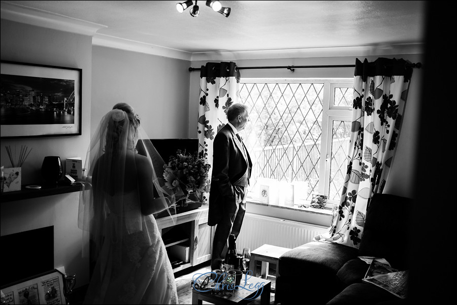 Hampton Court House Wedding Photography 011