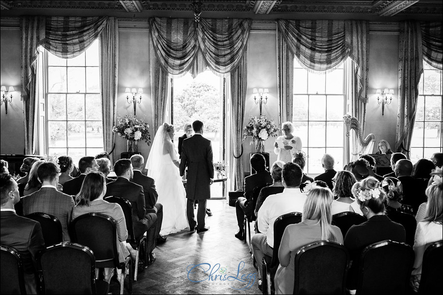 Hampton Court House Wedding Photography 018