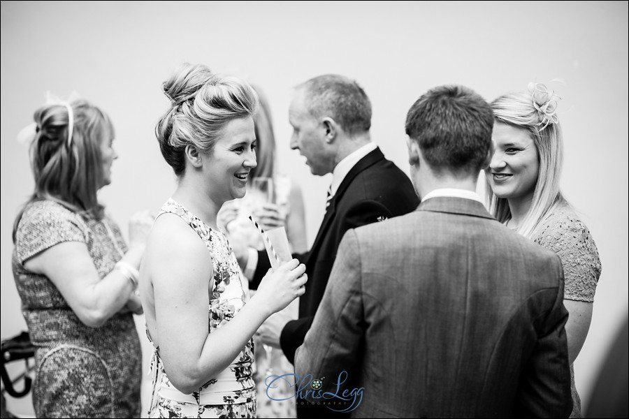 Hampton Court House Wedding Photography 041