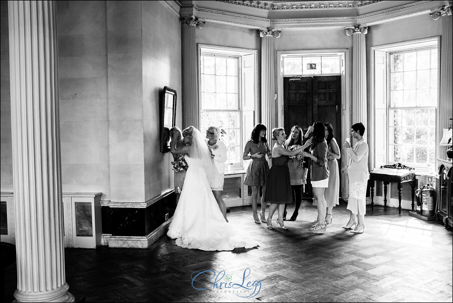 Hampton Court House Wedding Photography 052