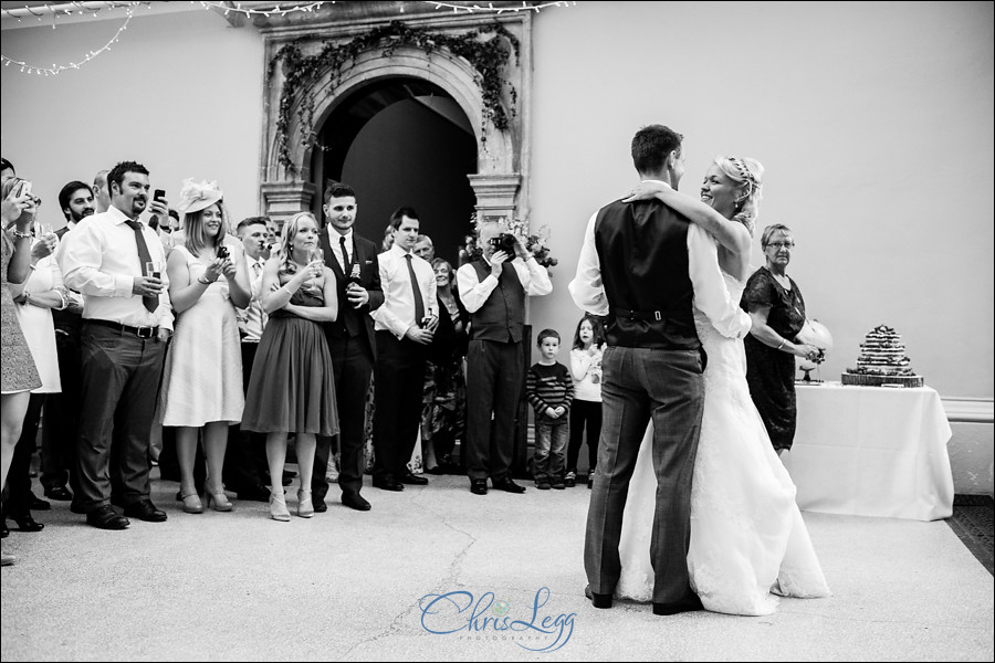 Hampton Court House Wedding Photography 083