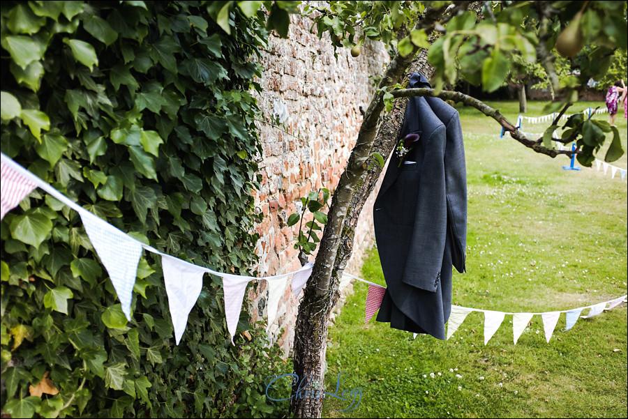 Wedding Photography at Ufton Court 057