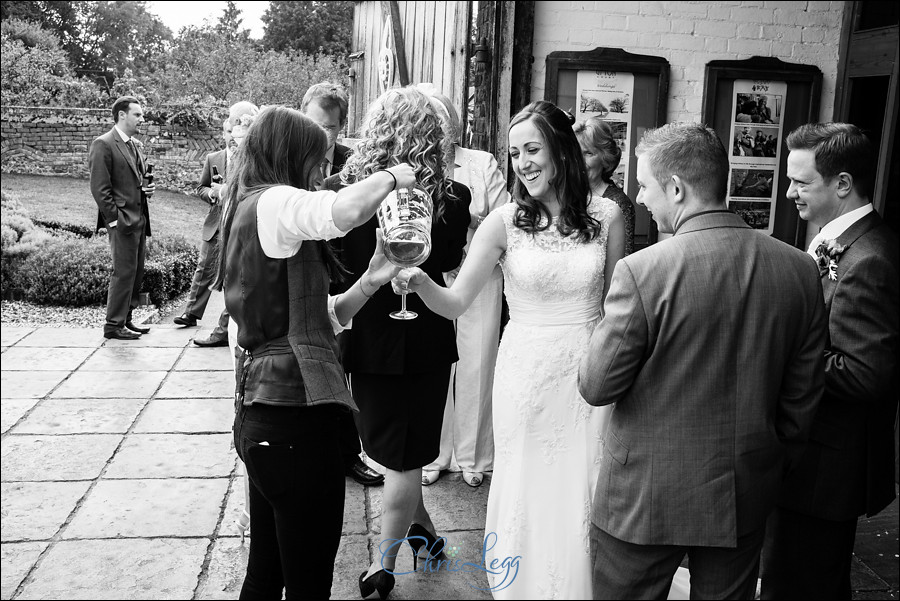 Ufton Court Wedding Photography 040