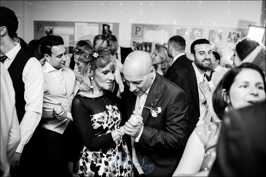 Pembroke_Lodge_Russell_Suite_Wedding_083