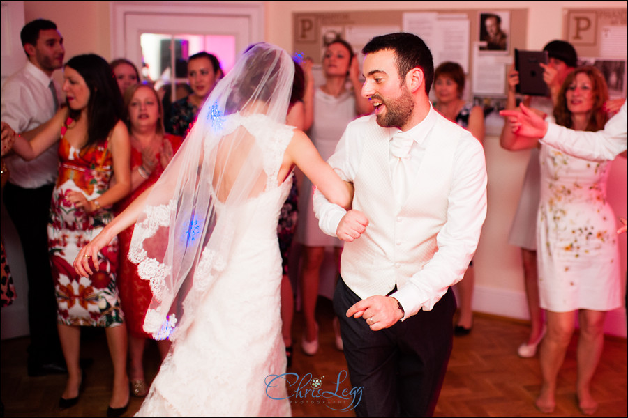 Pembroke_Lodge_Russell_Suite_Wedding_097