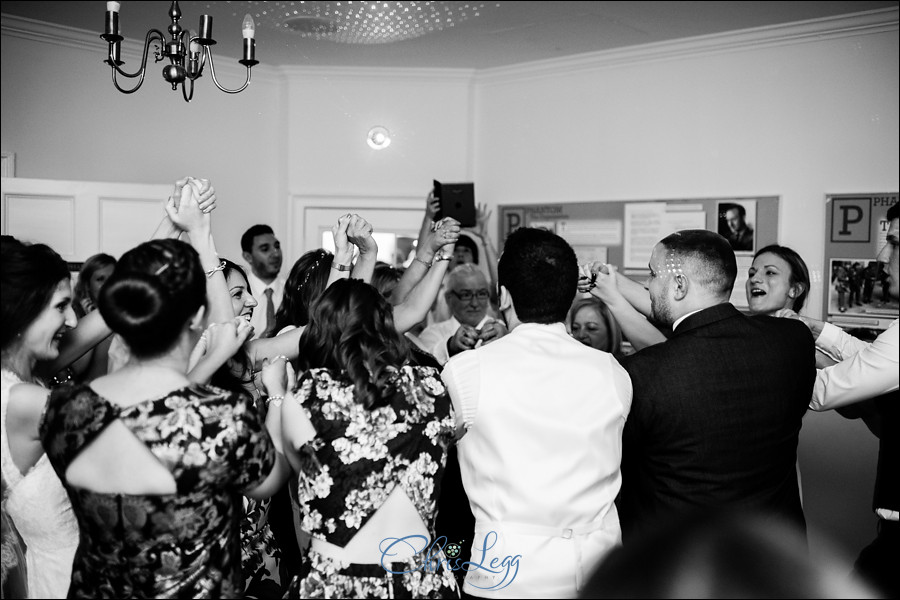 Pembroke_Lodge_Russell_Suite_Wedding_098